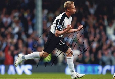 Damien Duff, Fulham, signed 12x8 inch photo.